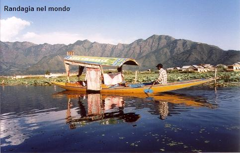 Kashmir, Srinagar, Dal lake_resized