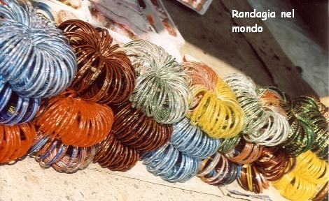 bundi, bangles at market.jpg_resized