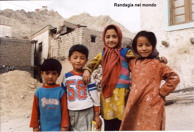 children in Leh_gira