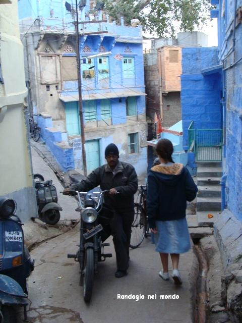 jodhpur, walking in the streets