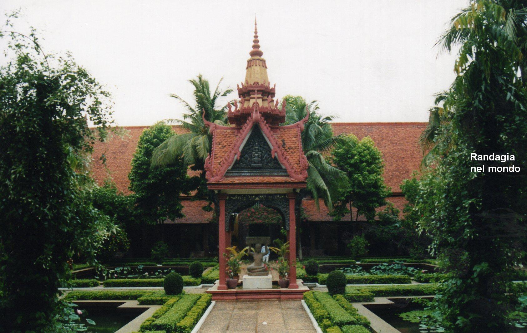 phnom penh, national museum 2